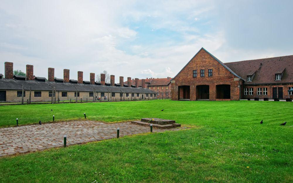 Auschwitz destinatii controversate