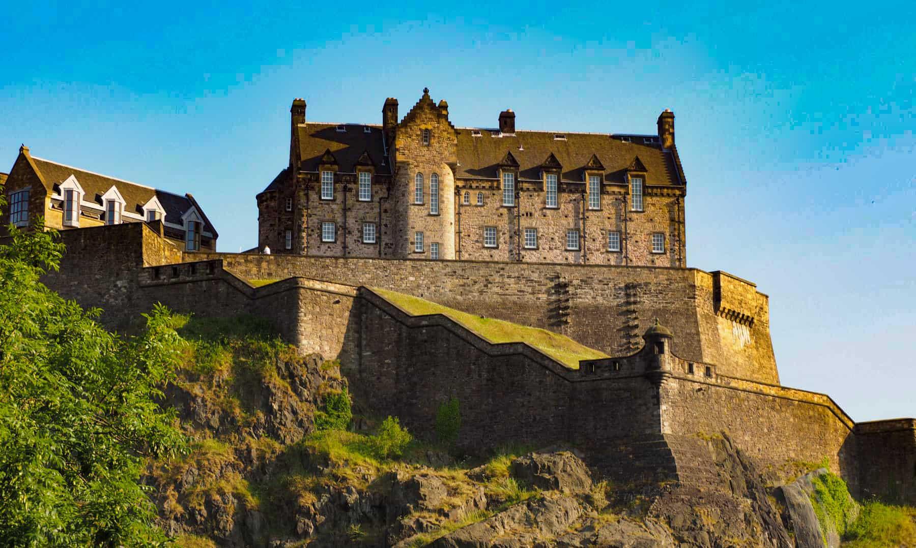 orase cu castele