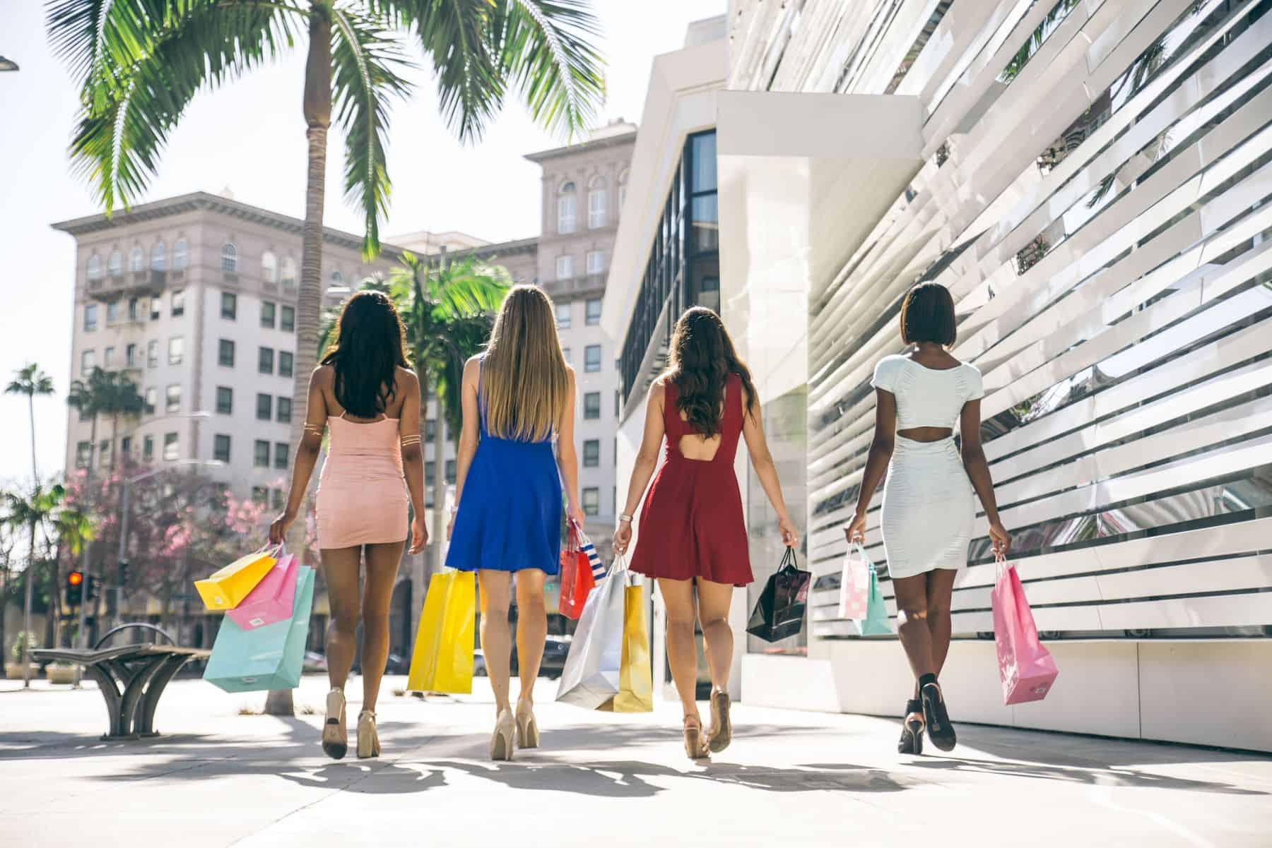 orase pentru iubitorii modei