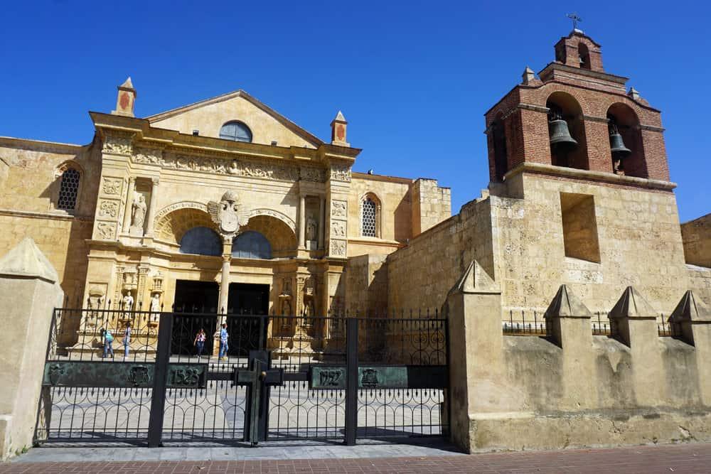 Catedrala Santa Maria la Menor