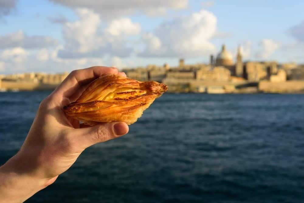 Pastizzi vacanta in Malta