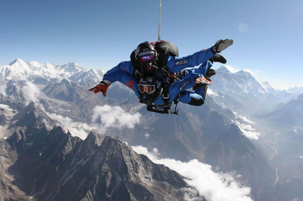 sky diving everest