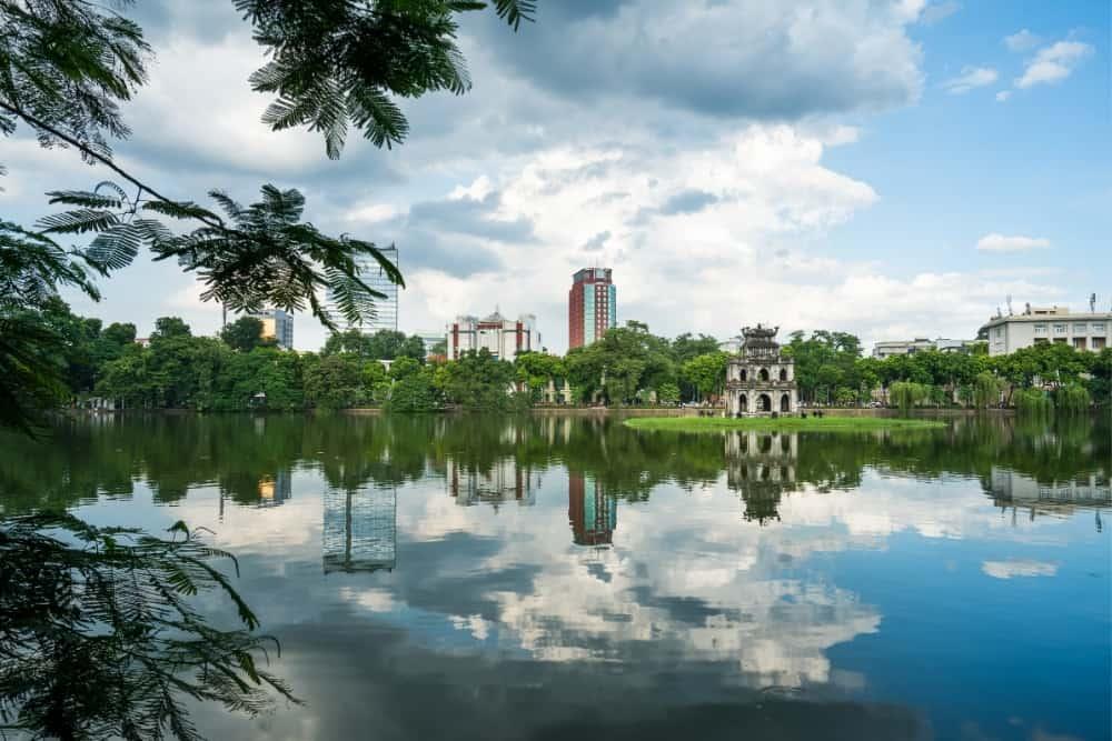 Hoan Kiem Destinatii romantice in Asia de sud-est