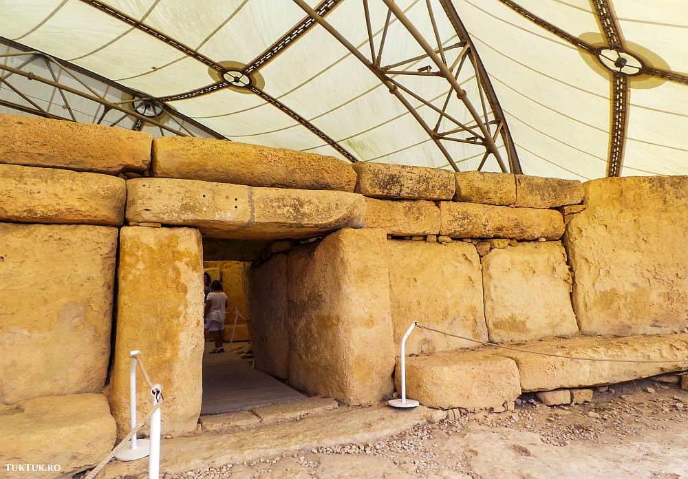 temple megalitice