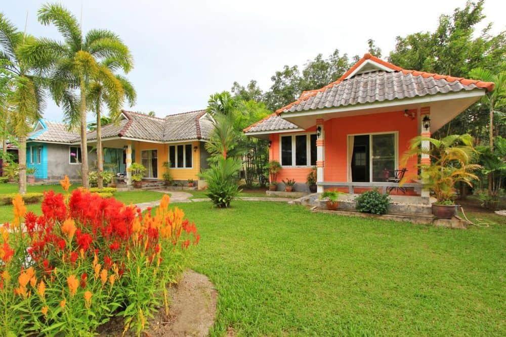 home garden bungalow