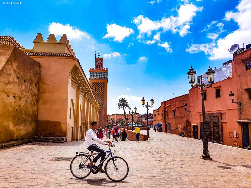 Sau intalni? i fetele din Marrakech